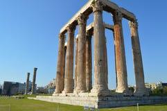 Templo del Zeus olímpico en Atenas Imagen de archivo libre de regalías