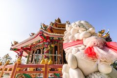 templo do chinês do leão da estátua Fotos de Stock Royalty Free