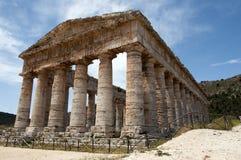 Templo do grego de Segesta Fotos de Stock Royalty Free
