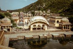 Templo do macaco fora de Jaipur Galta Ji imagens de stock