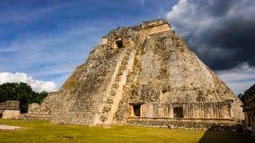 Templo do maya de Uxmal no Iucatão, México imagens de stock