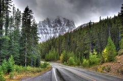 Templo do Mt - Alberta Canada fotos de stock royalty free