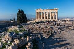 Templo do Partenon em um dia brilhante Acropolis em Atenas imagem de stock royalty free