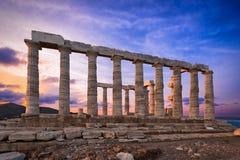 Templo do ` s de Poseidon em Sounion no tempo do por do sol Imagens de Stock