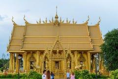 Templo dourado da pintura, Wat Pak Nam Jolo, golpe Khla, Chachoengsao Tailândia Fotos de Stock