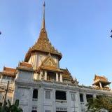 Templo dourado de Wat Traimit em chinatown em Banguecoque, Tailândia Imagens de Stock