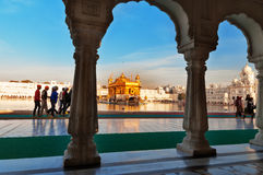 Templo dourado em Amritsar India imagens de stock royalty free