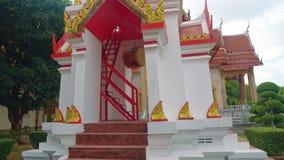 Templo en Asia, una capilla religiosa del budismo, un complejo de Buda del templo metrajes