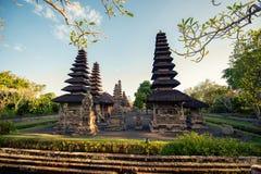 Templo en Bali, Indonesia, religión hindú de Pura con los templos y el palacio que adora Foto de archivo libre de regalías