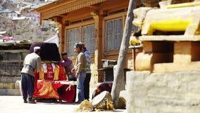 Templo en el pueblo de Kalpa almacen de video