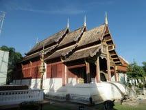 Templo en la arquitectura de Lanna, estilo septentrional de Tailandia imagenes de archivo