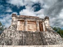 Templo en la corte de la bola, ¡de Chichen-Itzà Imagenes de archivo