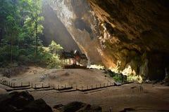 Templo en la cueva Fotografía de archivo libre de regalías