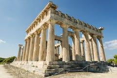 Templo en la isla de Aegina en Grecia Foto de archivo libre de regalías