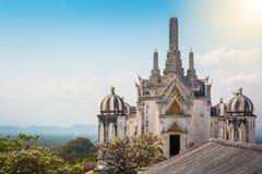 Templo en la montaña del topof, detalles arquitectónicos de Phra Nakhon KH Imágenes de archivo libres de regalías