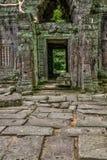 Templo en la selva camboyana Imagenes de archivo