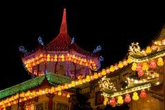 Templo encendido para arriba por Año Nuevo chino Fotos de archivo libres de regalías