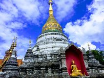 Templo espiritual en Tailandia imagen de archivo
