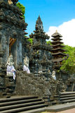 Templo Goa Lawah, Bali del palo Foto de archivo