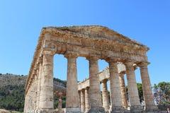 Templo griego Fotos de archivo libres de regalías