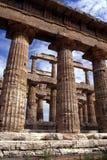 Templo griego en Paestum, Italia Foto de archivo