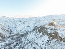Templo hermoso de Garni en Armenia, en invierno imagen de archivo