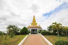Templo hermoso en la provincia de Nong Bua Lamphu, Tailandia imagen de archivo