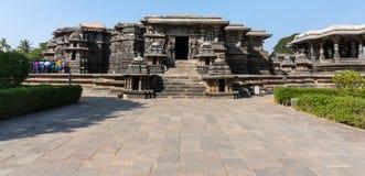 Templo hindú de Hoysaleshwara, Halebid, Karnataka, la India Imagenes de archivo