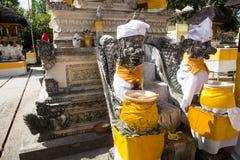 Templo hindú festivamente adornado Pura Ped, en Nusa Penida-Bali, Indon fotos de archivo libres de regalías