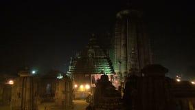Templo hindú histórico de Lingaraja en Bhubaneswar, Odisha, la India metrajes