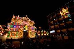 Templo hindú iluminado para el festival Fotografía de archivo