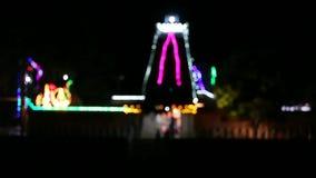 Templo hindú tradicional borroso de las luces, la India del sur, Tamil Nadu almacen de metraje de vídeo