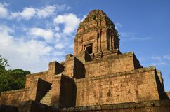 Templo Hindu de Phnom Bakheng em Angkor Cambodia Fotografia de Stock