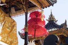 Templo hindu decorado, Nusa Penida, Indonésia imagem de stock