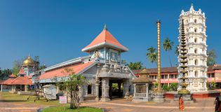Templo hindu indiano em Ponda, GOA, Índia fotos de stock