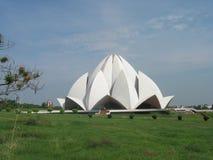 Templo inter Nueva Deli la India del loto de Bahai de la fe Fotos de archivo