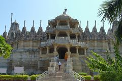 Templo Jain de Ranakpur, Rajasthan, India imagem de stock royalty free
