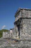 Templo maia em Tulum fotografia de stock