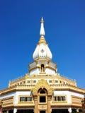 Templo na montanha de Khao Takeab em Tailândia Imagem de Stock