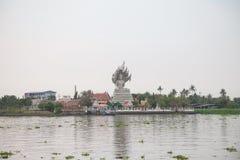 Templo na montanha de Khao Takeab em Tailândia Foto de Stock