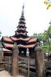 Templo negro viejo en Sagaing Mandalay, Myanmar marzo de 2017 Imagenes de archivo