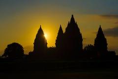 Templo no por do sol, Java de Prambanan, Indonésia Imagem de Stock