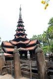 Templo preto velho em Sagaing Mandalay, Myanmar março de 2017 Imagens de Stock Royalty Free