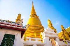 Templo religioso em Banguecoque Fotos de Stock Royalty Free