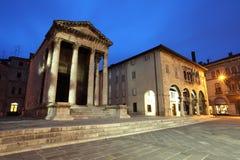 Templo romano de agosto Imagenes de archivo