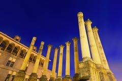 Templo romano de Córdoba por la tarde Imagenes de archivo