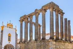 Templo-Romano oder Templo de Diana in Evora stockfotos