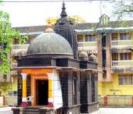 Templo típico da vila em Sawantwadi Foto de Stock