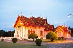 Templo tailandés hermoso Wat Benjamaborphit Fotos de archivo libres de regalías