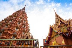 Templo tailandés, Wat Tham Suea Fotos de archivo